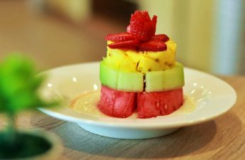 fruit salad - menu ronna cafe